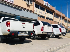 L 200 MİTSUBİSHİ+D MAX ISUZU+TOYOTA HILUX/L 200 MİTSUBİSHİ çeki demiri Ankara +D MAX ISUZU çeki demiri Ankara +TOYOTA HILUX+FORD RANGER …çeki demiri Ankara /Nissan navara /vw volswagen amorok+çeki demiri Ankara ÇEKİ DEMİRİANKARA/Römork Çekme Karavan/BOAT/BALONRÖMORKU/SANDAL RÖMORKU/ZODYAK+JETSKI+RÖMORK ÇEKMEK İÇİN/Çeki demiri/Avrupa Topluluğu EC94/20 standardı belgesine göre üretilmiş onaylaymış Çeki demiri Montajlarında kullanırız/USTA MÜHENDİSLİK USTA MÜHENDİSLİK ANKARA 05323118894 Römork Çekme Karavan/Çeki demiri/Avrupa Topluluğu EC94/20 standardı belgesine göre üretilmiş onaylaymış Çeki demiri Montajlarında kullanırız/ USTA MÜHENDİSLİK Römorku, Çeki Demir