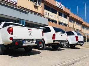 L 200 MİTSUBİSHİ+ D MAX ISUZU+TOYOTA HILUX/L 200 MİTSUBİSHİ çeki demiri Ankara +D MAX ISUZU çeki demiri Ankara +TOYOTA HILUX+FORD RANGER …çeki demiri Ankara /Nissan navara /vw volswagen amorok+çeki demiri Ankara ÇEKİ DEMİRİ ANKARA/Römork Çekme Karavan/BOAT/BALON RÖMORKU/SANDAL RÖMORKU/ZODYAK+JETSKI+RÖMORK ÇEKMEK İÇİN/Çeki demiri/Avrupa Topluluğu EC94/20 standardı belgesine göre üretilmiş onaylaymış Çeki demiri Montajlarında kullanırız/USTA MÜHENDİSLİK USTA MÜHENDİSLİK ANKARA 05323118894 Römork Çekme Karavan/Çeki demiri/Avrupa Topluluğu EC94/20 standardı belgesine göre üretilmiş onaylaymış Çeki demiri Montajlarında kullanırız/ USTA MÜHENDİSLİK Römorku, Çeki Demir